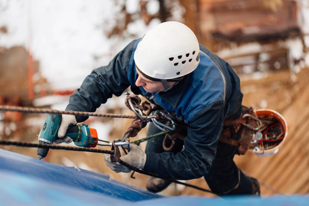 Profesionales y tecnología en trabajos de altura